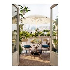 The table comes pre-assembled, so you can start using it immediately. Perfect for your balcony or other small spaces as it can be folded up and put away. The table is durable and easy to care for, as it is made of powder-coated steel. The materials in this outdoor furniture require no maintenance.