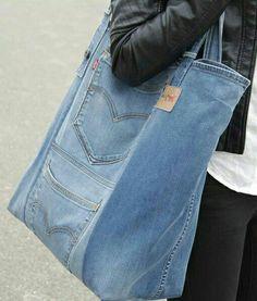 Diy Jeans, Sewing Jeans, Denim Handbags, Denim Ideas, Denim Crafts, Jeans Material, Recycled Denim, Denim Bag, Diy Clothes