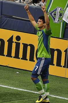 NY Red Bulls and Seattle Play to 2-2 Draw (photo credit: Albumen / Wikimedia Commons)
