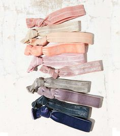 Urban Outfitters Yoga Knot Ponytail Holder Set