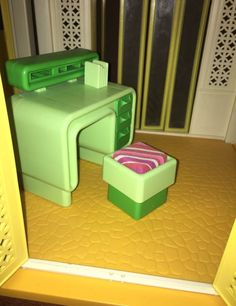 Barbie Dream Furniture Collection-Desk & Seat #Mattel