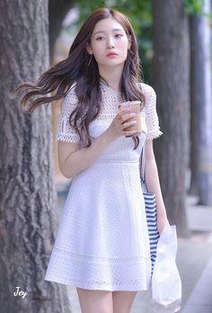 What if we rewrite the stars? Say you were made … # Cerita pendek # amreading # books # wattpad South Korean Girls, Korean Girl Groups, Jung Chaeyeon, Kpop Fashion Outfits, Cosmic Girls, Asia Girl, Soyeon, Korean Beauty, Ulzzang Girl