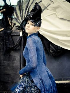 """Modeconnect.com features work from Omsk """"Fashion Formula: East – West competition. Saha Gerdt - 2009"""