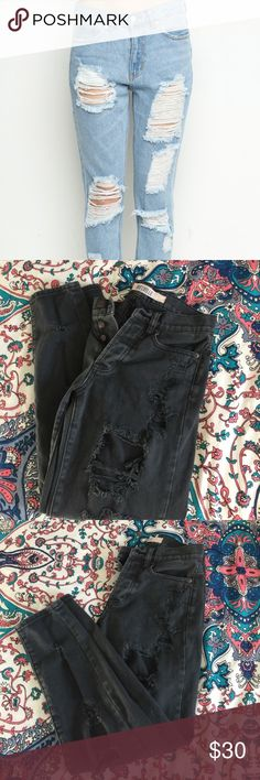 BRANDY MELVILLE black distressed boyfriend jeans Cute and trendy black distressed boyfriend jeans perfect with any top Brandy Melville Jeans Boyfriend
