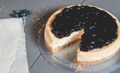 Γλυκά δροσερά και ελαφρά Easter Recipes, Cheesecake, Desserts, Food, Tailgate Desserts, Deserts, Cheesecakes, Essen, Postres