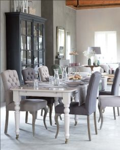 Dining Room Decorating Ideas To enjoy a delicious time and appetite more, adequate collection of tables, comfortable and stylish furniture which is very important and essential. Dining Room Design, Dining Room Table, Dining Area, Gray Interior, Interior Design, Country Dining Rooms, Rustic Interiors, Home And Living, Living Room