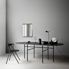 Part of the Snaregade Table series by Norm Architects, the Menu Snaregade Oval Table is both sleek and sophisticated. Table Furniture, Home Furniture, Furniture Design, Furniture Outlet, Oval Dinning Table, Classic Furniture, Modern Furniture, Design House Stockholm, Minimalist Dining Room