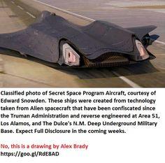 Spaceship art by Alex Brady Aliens And Ufos, Ancient Aliens, Cool Science Facts, Secret Space Program, Spaceship Art, Edward Snowden, Futuristic Technology, Spacecraft, Conspiracy