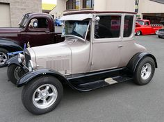 1927 ford TallT – Stephen Crowley – Join in the world Chevrolet Chevelle, Chevy, Old Hot Rods, T Bucket, Old Ford Trucks, Old Fords, Hot Rod Trucks, Ford Motor Company, Vintage Trucks