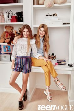 Fuller House Bella and Olivia Giannulli - Fuller House Sisters   Teen Vogue
