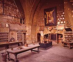 Inspiration: Castle Kitchens