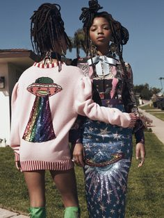 INSTYLE JUNE 2017 PHOTOGRAPHER: MATTHEW SPROUT TALENT: CHLOE & HALLE BAILEY STYLING: JAMES VALERI HAIR: KIM MCALLISTER MAKE-UP: FIONA STILES NAILS: MICHELLE SAUNDERS