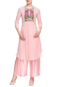 Buy Rose pink embroidered palazzo set by Desert Shine by Sulochana Jangir at Aza Fashions Simple Dresses, Casual Dresses, Fancy Kurti, Pakistani Fashion Casual, Latest Fashion Dresses, Midi Dress With Sleeves, Party Wear Dresses, Kurta Designs, Online Dress Shopping