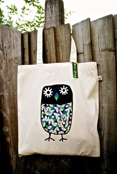 Owl canvas tote bag- organic- shopper bag. ££10,00 GBP, via Etsy.