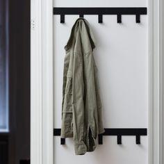 Only Hooks kapstok van Maze Entry Coat Hooks, Closet Alternatives, Modern Coat Hooks, Coat Storage, No Closet Solutions, Home Remodel Costs, Door Entryway, Hallway Designs, Dressing