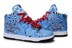 alice in wonderland High Shoes, Blue Shoes, High Top Sneakers, Sneakers Nike, Nike Dunks, Alice In Wonderland Shoes, Designer Shoes, Running Shoes, Air Jordans