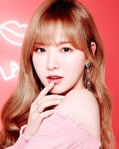 Red Velvet so cute^ Kpop Girl Groups, Korean Girl Groups, Kpop Girls, Wendy Red Velvet, South Korean Girls, Most Beautiful, Portrait, Celebrities, Pink