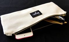 Black & white medium pouch. Link de la tienda en la bio.. .. #baga #bagabg #pouch #blackandwhite #handbags #handmade #label #makeuppouch #makeithapped #madeinspain #canvas #lovewhatyoudo #fabric #neceseres #outfit #clutch #newbrand #fashion Bagan, Makeup Pouch, Bio, Brand New, Handbags, Black And White, Canvas, Fabric, Outfits