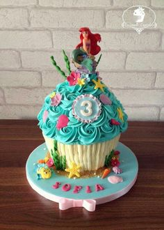 giant cupcake cakes Birthday Cake Baby Giant Cupcakes Ideas For 2019 Birthday Cake Baby Giant Cupcakes Ideas For 2019 Little Mermaid Cakes, Mermaid Birthday Cakes, Little Mermaid Parties, Birthday Cake Girls, 5th Birthday, Birthday Ideas, Birthday Parties, Big Cupcake, Giant Cupcake Cakes
