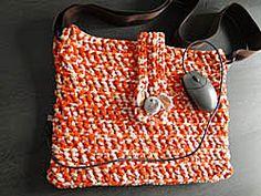 patroon gehaakte laptoptas in #Zpagetti, met amigurumi olifantje Patroon in Nederlands / pattern in English