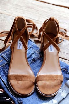 31f01f635438a8 9 Delightful Schuhe images in 2019