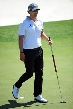Adam Scott putts on No. 18 during Monday's practice round of the 2012 Masters Tournament at Augusta National Golf Club on April 2, 2012, in Augusta, Ga. http://www.Augusta.com