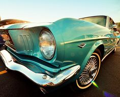 Turquoise Mustang.... OOoooh yeesssss! One day, you will be mine!