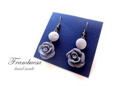 Frambuesa: Pendientes Rosa gris  realizados a mano pvp 12 eur