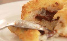 Arancini de tapioca com chocolate: bolinho recheado é cremoso e uma sobremesa perfeita.