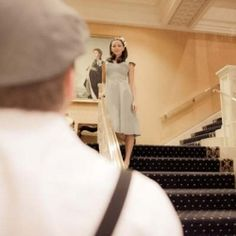 This Titanic-inspired engagement photo reminds us of one of our favorite scenes in the movie!