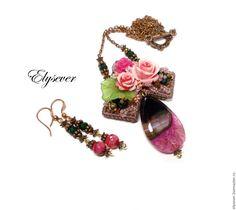 """Купить Кулон и серьги """"Оттенки души-2"""" - разноцветный, цвет какао, розовый, розы"""