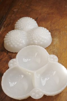 Vintage Milk Glass Vintage Collectibles by ThreadandBrushStudio