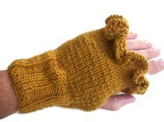 Mustard gloves Mittens Fingerless Ruffled by thekittensmittensuk