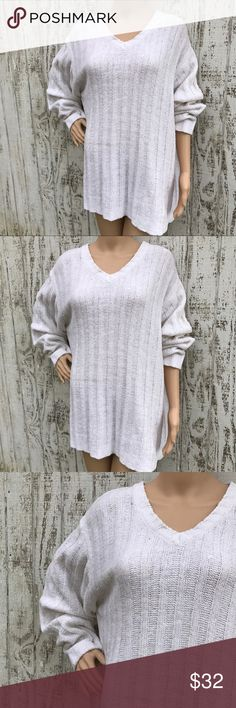 Winter White ❄️ BoHo Grunge Sweater Winter White ❄️ BoHo Grunge Sweater Gently Loved Size XL Super soft No tag(pretty sure it's acrylic) Lovely and casual loose look make it perfect for curling up by the fire Love ❤️ Sweaters