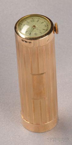 Two Retro Gold Lipstick Cases, One Cartier, plain polished, inscribed… Gold Lipstick, Lipstick Tube, Lipstick Holder, Lipsticks, Vintage Makeup, Vintage Vanity, Vintage Beauty, Retro Vintage, Elisabeth I
