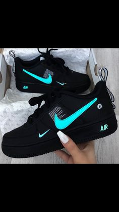 Tenis Mulher, Tênis Feminino, Tênis Nike Feminino, Tênis Lindos, Roupa Tumblr Feminina, Sapatos Femininos, Sapatilhas, Tênis Raros, Sapatos Sandálias