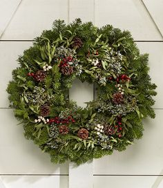 I would be so excited if someone sent me a live wreath!