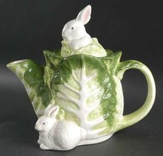 Usually not my cup of tea...haha, get it?.. but I do like this simple bunny teapot