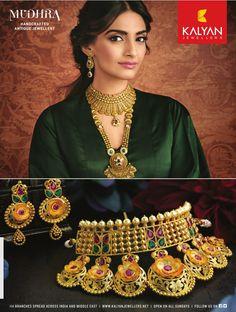 Gold Jewelry In China Info: 9950425954 24k Gold Jewelry, Diamond Jewelry, Rajputi Jewellery, Gold Earrings Designs, Gold Designs, Jewellery Sketches, India Jewelry, Gold Set, Jewelry Design