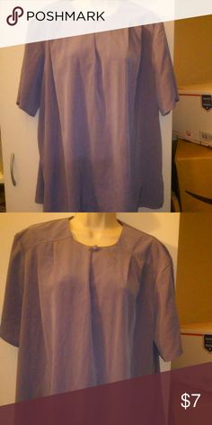 """Suze 1X top 1x top by maggie sweet excelent condition shoulder to hem 29"""" pullover top Maggie sweet Tops Blouses"""