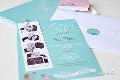 Invitación de boda con fotos polaroid y efecto pizarra sobre menta. Mint chalkboard wedding invitation. Polaroid pictures
