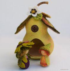 Little Autumn Pear Pod House and Little Pear Sprite Set