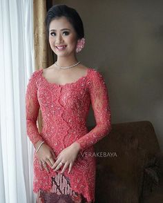 @khairunnisatriyono ... #lamaran  Dress by me   Makeup : @yunitamakeup  Hairdo : @sussy_hairstyle  Venue : @shangrilajkt  ___ #kebaya #partydress #engagement #batik
