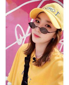 Kpop Girl Groups, Kpop Girls, Sandara 2ne1, Sandara Park Fashion, Korean Girl, Asian Girl, 2ne1 Dara, Singing Career, Wattpad