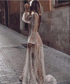 White Sequin Glitter Backless V-neck Long Sleeve Elegant Banquet Wedding Gowns Maxi Dress Evening Dresses, Prom Dresses, Formal Dresses, Wedding Dresses, Sparkly Wedding Gowns, Wedding Bride, Fashion Mode, Daily Fashion, Style Fashion