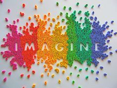 made entirely with pieces of quilled paper -- AMAZING.