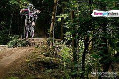 Manus first ride with her new Propain rage » Rider: Manuela Bechert - Photo: Tim Korbmacher - #ilovegirlriders #iamagirlrider #ilgr #girlriders #mtb #bmx #dhgirl #downhill #ciclocross #freeride #road #cycling #cyclingwomen #womenscycling