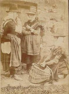 Photograph of Welsh fisher women late 1800s
