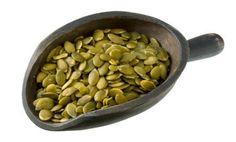 10 Health Benefits of Pumpkin Seeds I use Pumpkin Oil on my salads, steamed vegg… - Modern Nutrition Guide, Nutrition Education, Vegan Nutrition, Vegan Iron Sources, Pumpkin Seeds Benefits, Pumpkin Oil, Healthy Snacks, Healthy Recipes, Eat Healthy