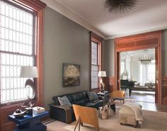 [pinterest] Are you looking for ways to update your home's stained trim and doors? Have you felt at a loss on how to work with your stained trim to refresh and update your home's look? …